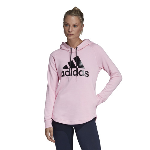 BLUZA DAMSKA ADIDAS MUST HAVES BADGE OF SPORT OVER-HEAD HOODIE RÓŻOWA DX2536